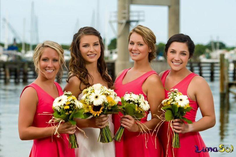 bride bride summer bouquets