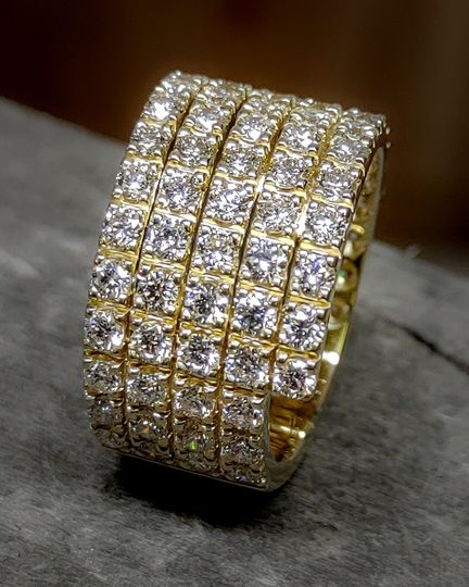 14k gold and diamond band