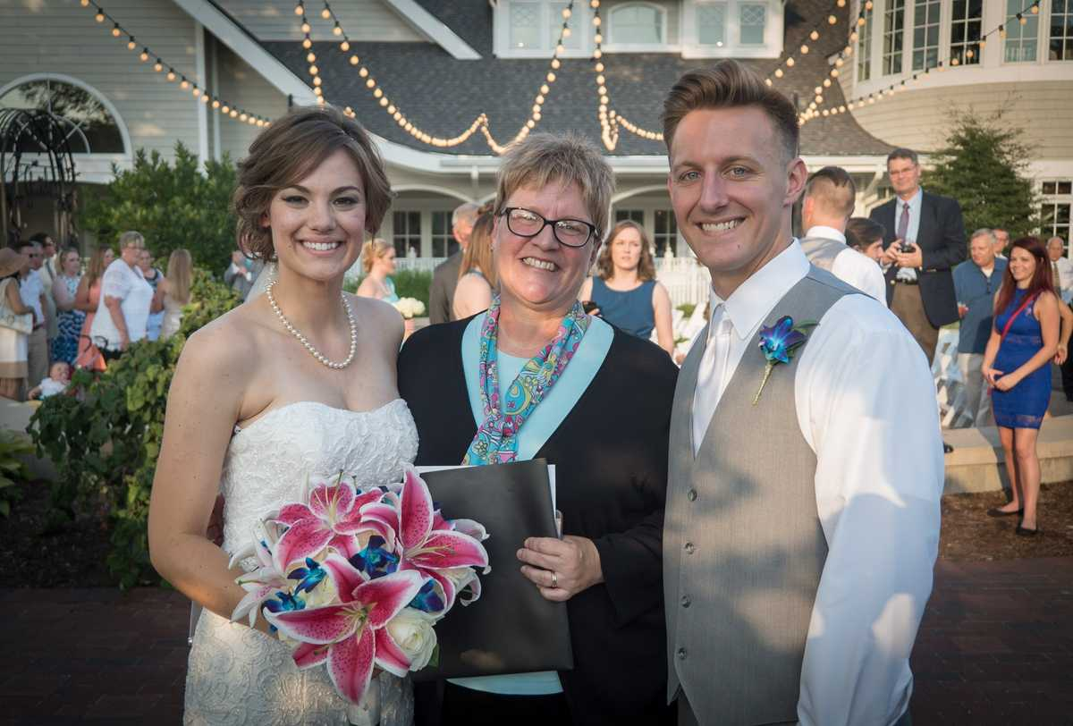 Carolyn Burke - Officiant | Coordinator