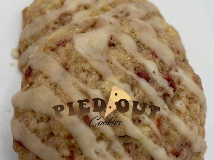 Tmx Strawberry Shortcake 51 1971197 159485551999919 Cypress, TX wedding cake