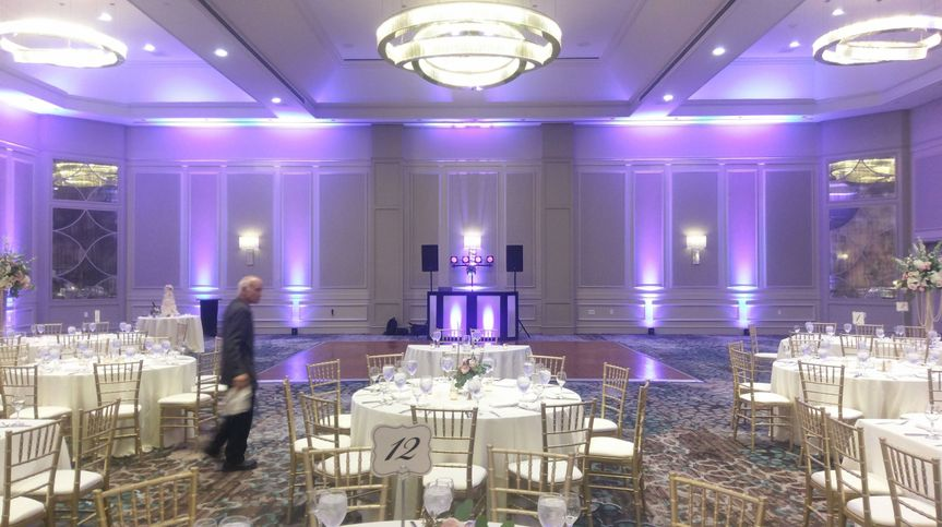 MixWire -  lighting for weddings
