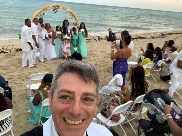Tmx Img 6514 51 1024197 157456198287242 Hollywood, FL wedding officiant