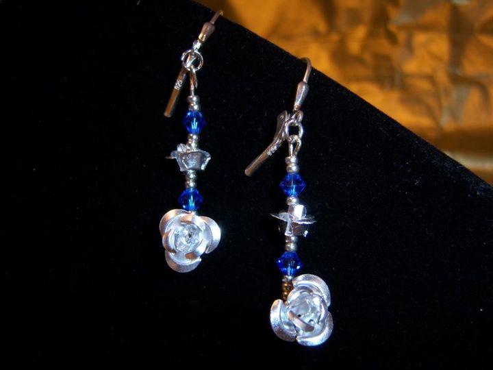 tanzanite and silver roses