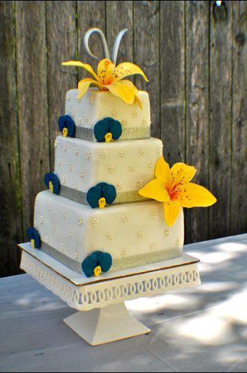 Sandy Cake Design LLC - Wedding Cake - Dayton, OH - WeddingWire
