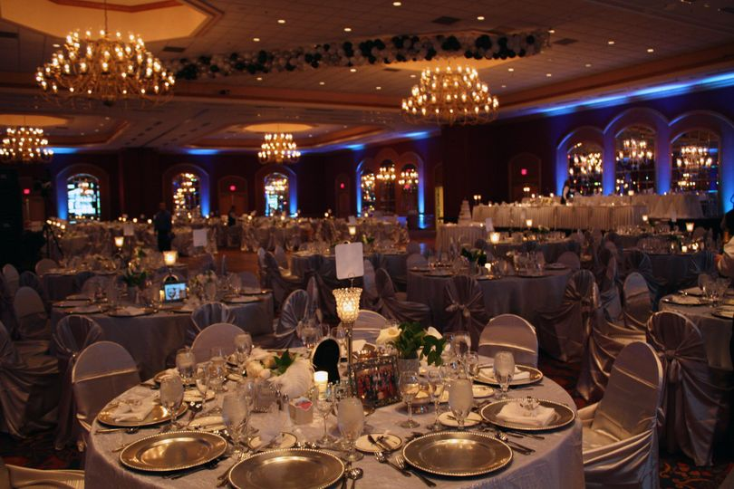 Adams mark hotel venue buffalo ny weddingwire 800x800 1367866521024 grand ballroom wedding and uplighting junglespirit Image collections