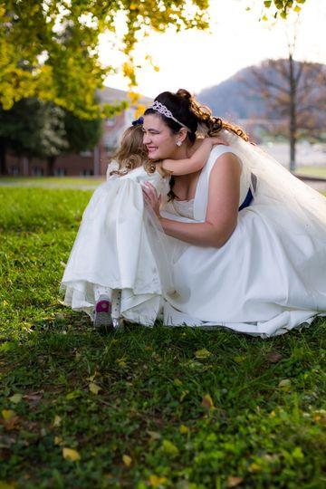 Bridal with her junior escort