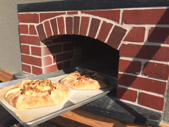 Remo's Wood Fired Oven