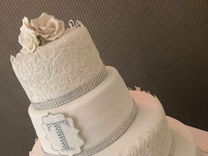 Tmx 1521736248 859231cea284a195 1521736247 53078fbfe6fd379a 1521736242071 8 IMG 2589  1  Ocala wedding cake