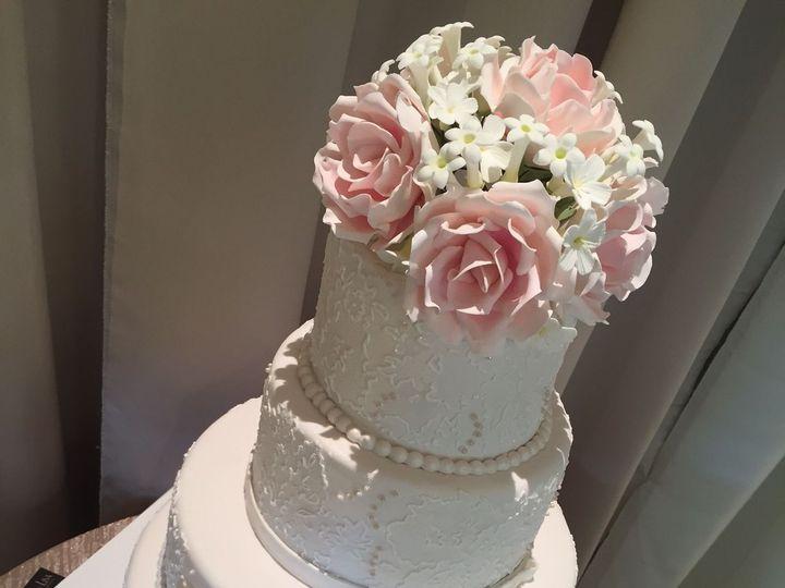 Tmx 1521737058 Abebae84b4d58713 1521737057 Eb6c2accef4cf5cd 1521737053165 25 IMG 0723 Ocala wedding cake