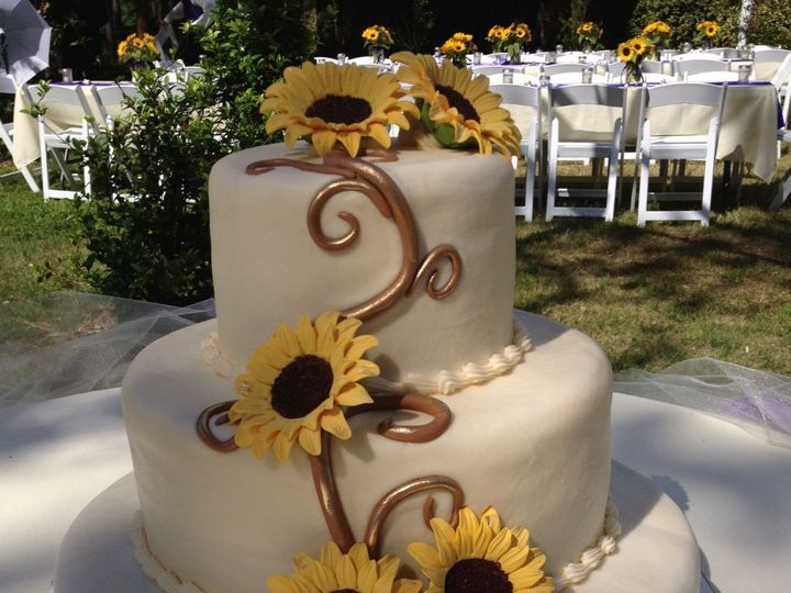 Tmx 1521737679 615ac863f99f1624 1521737678 Dbfc9e580a35460f 1521737672196 44 IMG 0403 Ocala wedding cake