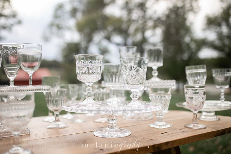 Water and wine goblets