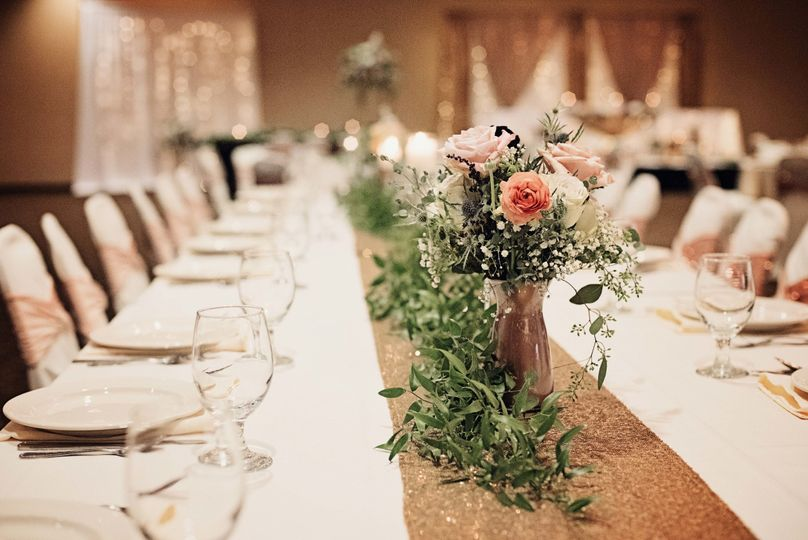 Head Table Florals by Flower Cart Creations © Moments2Remember