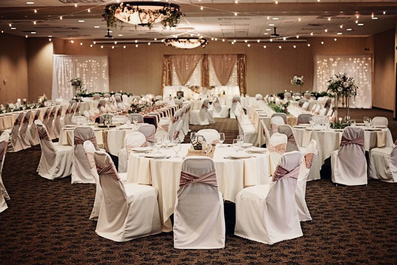 Ballroom Setup © Moments2Remember