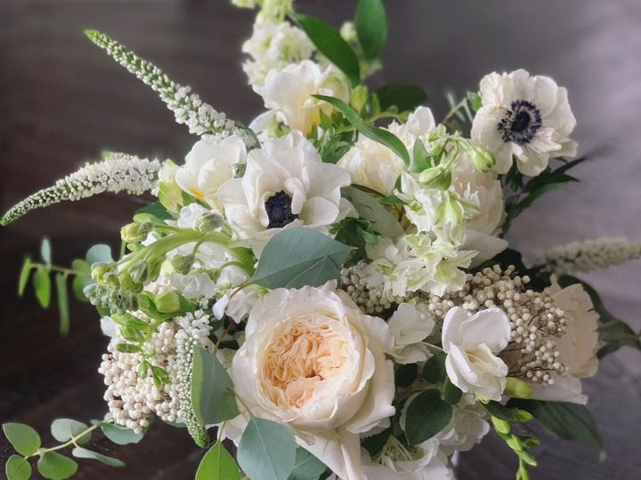 Tmx Image3 51 1895297 159068158980588 Fairhaven, MA wedding florist