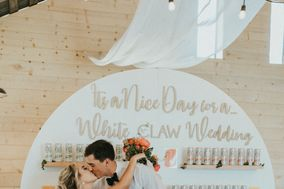 Tying Knots Wedding Planning