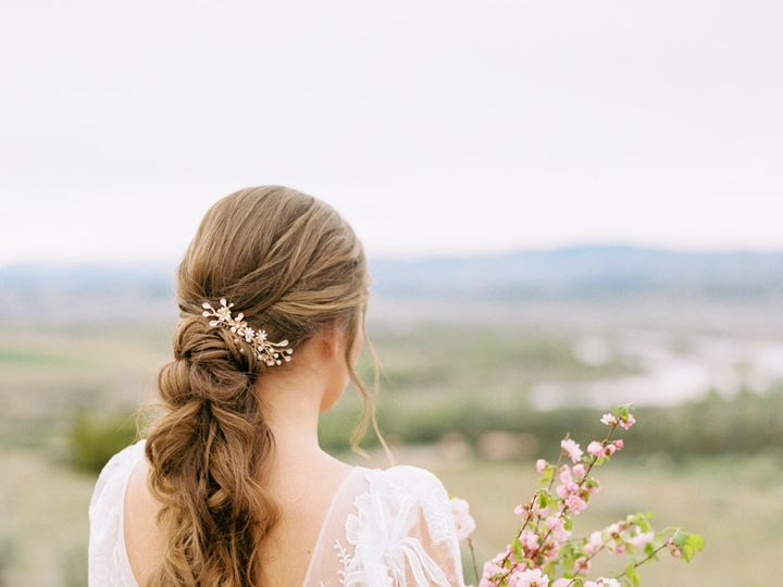 Tmx Headwaters Ranch Styledshoot 0374 51 987297 159832126764672 Bozeman, MT wedding beauty