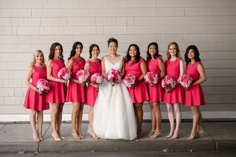 bd92abaa1a207434 bridal party shutters before wedding