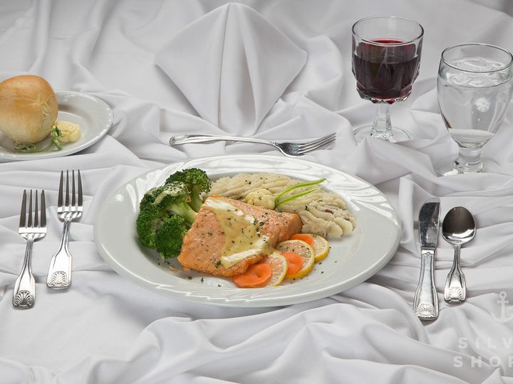 Tmx 1451931607685 Silver Shores Wedding Banquet Catering Hall Detroi Wyandotte, MI wedding catering