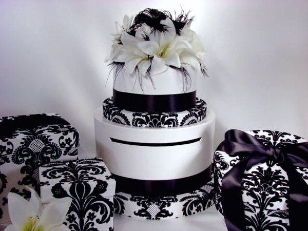 Ostrich Feather Damask Wedding Cake Card Box