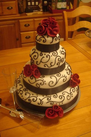 800x800 1199498565000 weddingcakes035