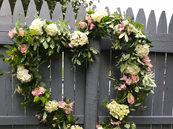 Tmx 1532201267 A0457bcf33836b03 1532201265 C003d899b66fdb46 1532201262960 1 IMG 0060 Cream Ridge, NJ wedding florist