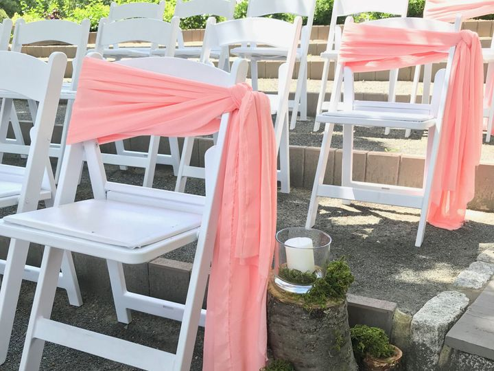 Tmx 1532201283 2d0d6626cfc2a224 1532201280 Bf7491e1e0cee36f 1532201274493 2 IMG 0268 Cream Ridge, NJ wedding florist