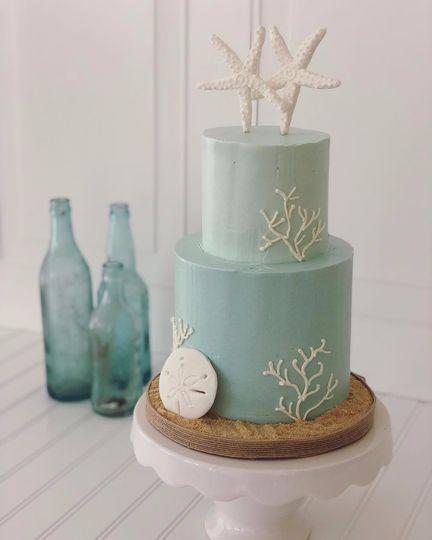 Coastal buttercream cake
