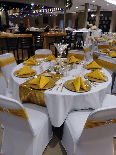 Gold wedding setup