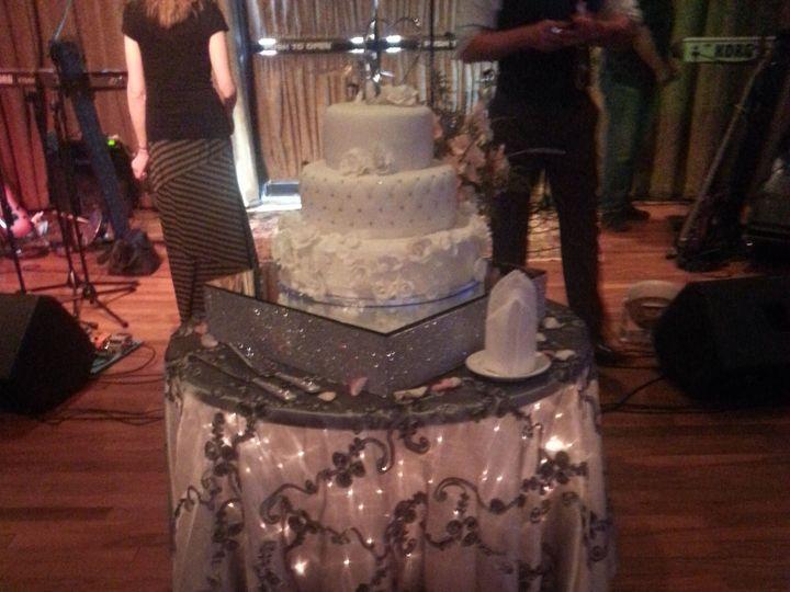 Tmx 1517346863 C4a2c267b1d8ba8b 1517346860 Ebc03ba3daa7e9d4 1517346889494 33 Cake Wadsworth, OH wedding venue