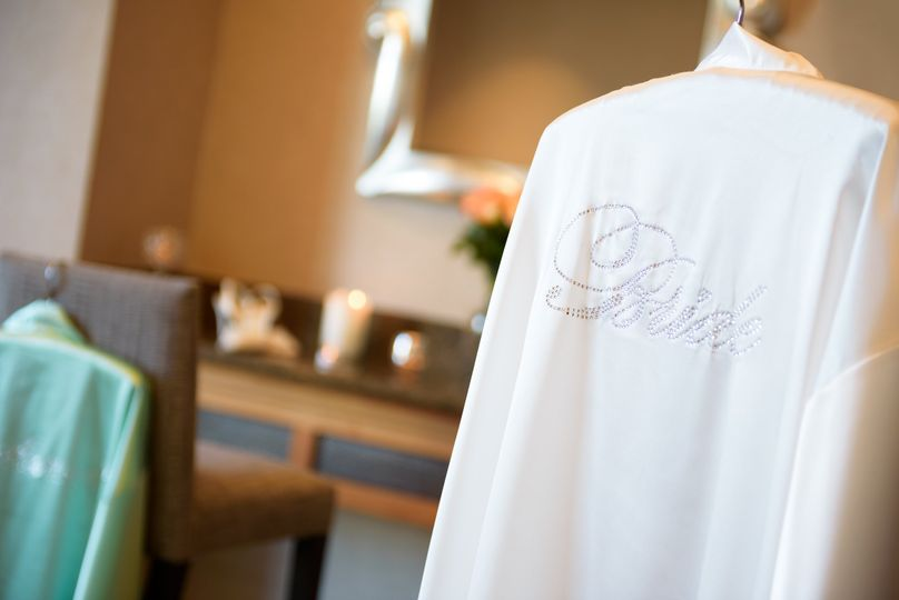 Bridal party robe
