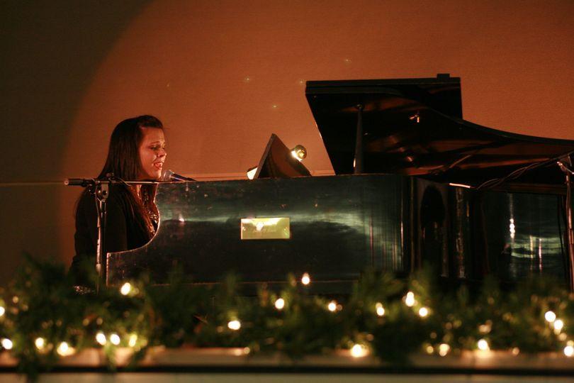 2010 12 jaime at piano grandpas funeral