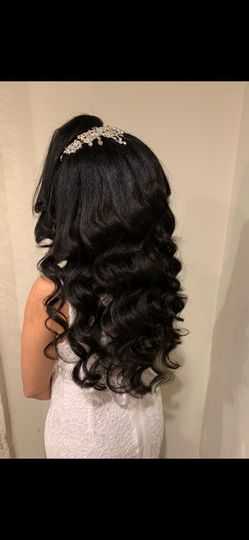 Hollywood hairstyle