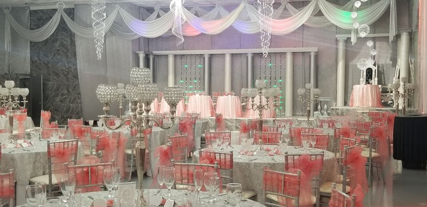Pink and white reception setup