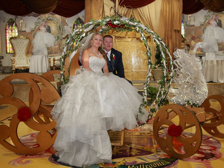 Tmx Carriage In Front Of Castle Copy 51 46497 Tampa, FL wedding venue