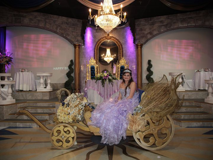 Tmx Swan Carriage 51 46497 Tampa, Florida wedding venue
