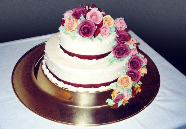 Tmx 1248911759855 Cake29 Beverly wedding cake