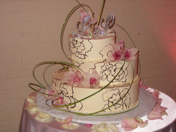 Tmx 1264040792311 Recent112008079 Beverly wedding cake