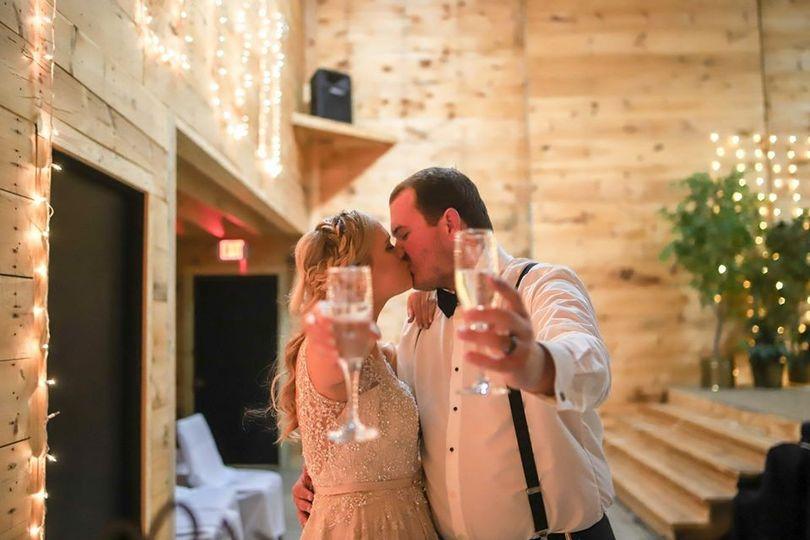bride groom 18 51 1818497 158106187589861
