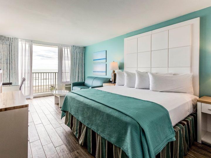Tmx Tide Oceanfront King 51 449497 158101577243171 Folly Beach, SC wedding venue