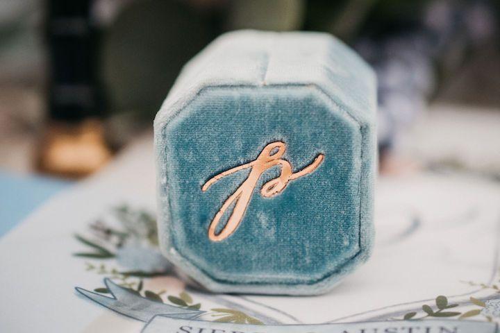 Custom-made ring box