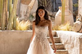 Pavane Couture Bridal