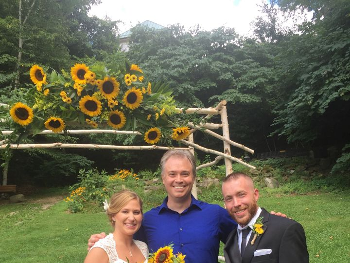 Tmx 1538861627 E12a771bbf6dca8f 1538861626 7863f7a0f3bc3912 1538861601708 3 IMG 3975 Youngstown wedding officiant
