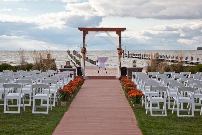 bf2431386bf720a2 outdoor wedding 2