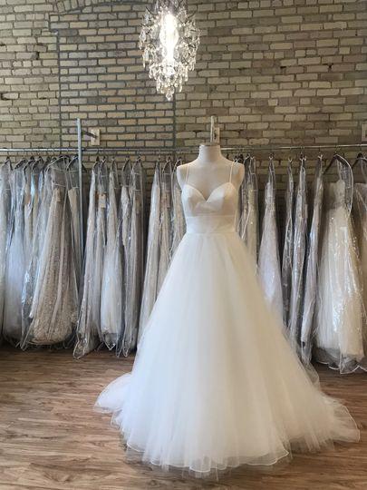 Affairs By Brittany Dress Attire Fargo Nd Weddingwire