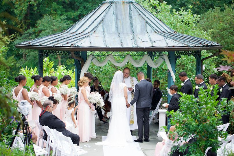 fe2a72a989fd67dd 1455664476159 outdoor garden wedding in brookside maryland
