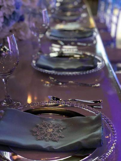 Black Table w/Glass Plates