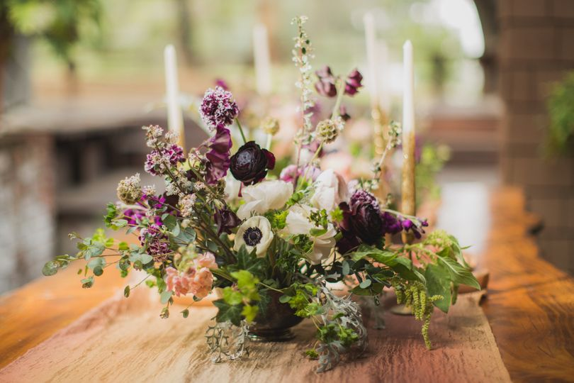 For a rustic centerpiece