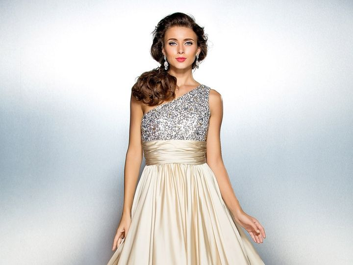 Tmx 403313 51 1032697 1560325620 Seattle, WA wedding dress