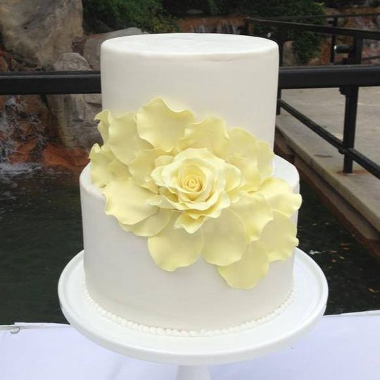 Sugar Lab Bake Shop - Wedding Cake - Ventura, CA - WeddingWire