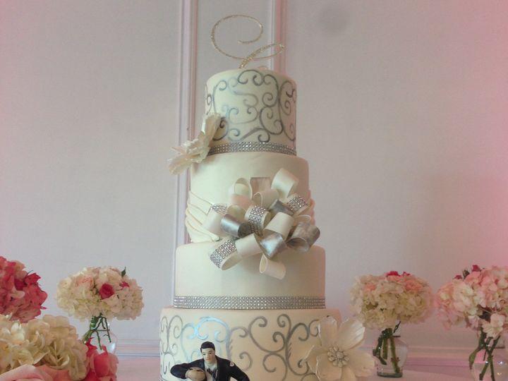 Tmx 1428780397254 Img6193 Ventura wedding cake